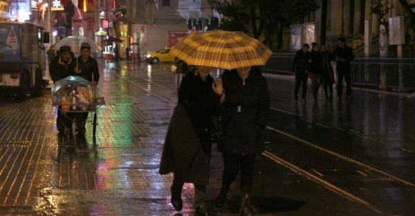 İstanbul'da Yağmur Etkili Oldu
