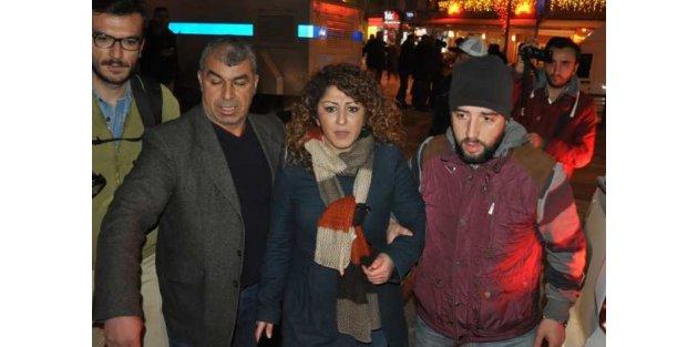 İzmir'de HDP ve PKK'lılar ortak gösteri yaptı: 9 gözaltı