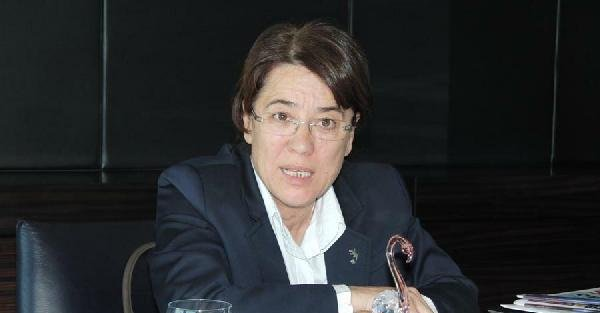 İzmir'deki ön seçimde kadınlar sandıktan çıkamadı (Yeniden)