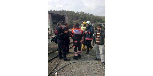İzmir'den Ermenek'e 2 Su Tahliye Aracı