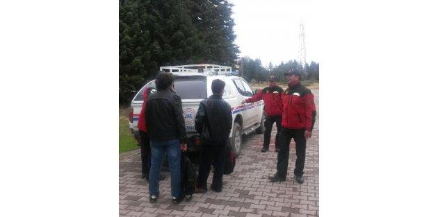 Jandarma Uludağ'da Kaybolan Gençleri 2 Saatte Buldu