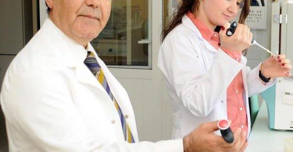 Kadın Doğum Uzmanı Ve Anne Adaylarına 'genetik Test' Uyarısı