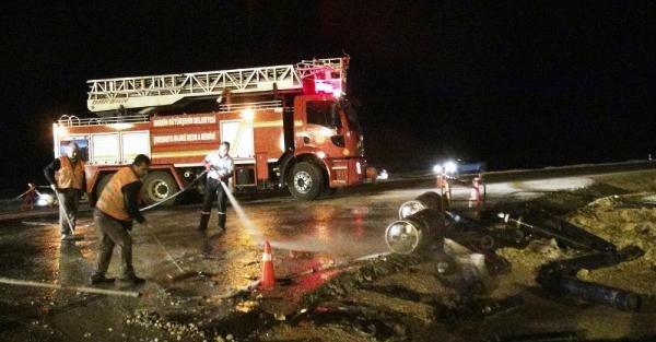 Kamyonetle, Minibüs Çarpişti: 1 Ölü, 6 Yaralı