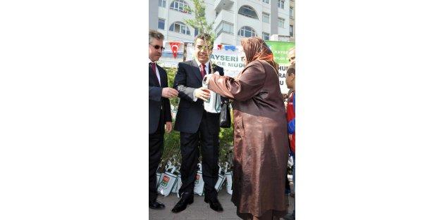 Kayseri'de Cumhuriyet Resepsiyonu Ve Halk Oyunları İptal
