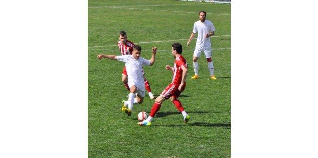 Kemer Tekirovaspor-Denizli Büyükşehir Belediyespor: 3-0