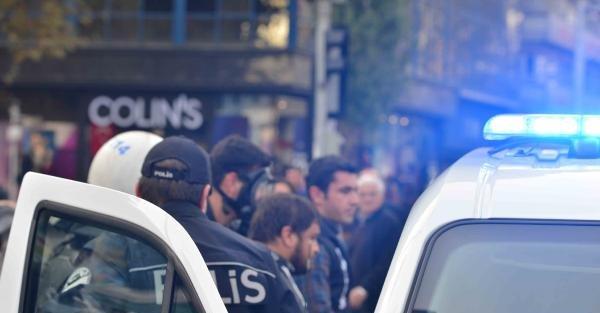 Kızılay' Daki Maden Protestosuna Polis Müdahalesi (1)
