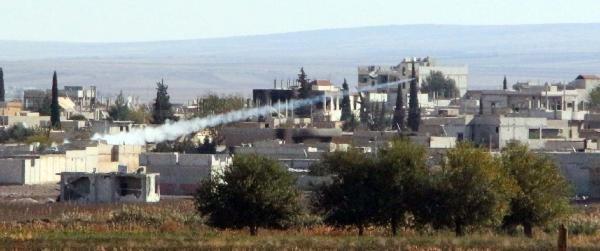 Kobani'de Çatişmalar Sınır Hattında Sürüyor