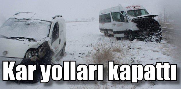 Konyada kara kış yolları kapattı, 18 ilçede okullar tatil