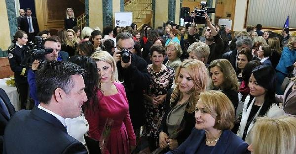 Kosova Meclisi 4 ülkeden kadın vekilleri ağırladı