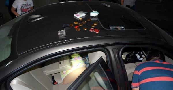 Lüks otomobille sahte altın dolandırıcılığına 1 gözaltı