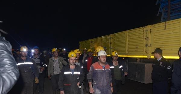 Maden Faciasında Üçüncü Gün; 18 İşçi İçin Mucize Bekleniyor