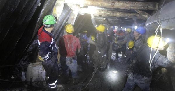 Maden Ocağında 12'nci Gün: 16 İşçiye Ulaşma Çalişmasi Sürüyor