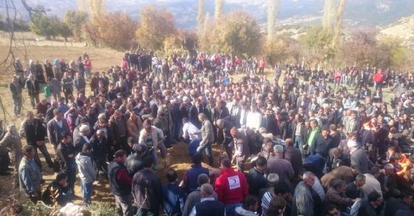 Maden Ocağında 12'nci Gün: 16 İşçiye Ulaşma Çalişmasi Sürüyor (3)