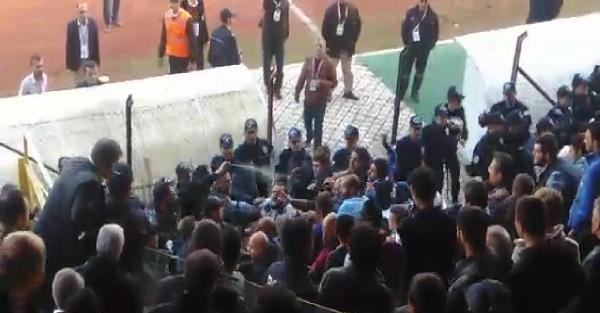 Manisa'da Maç Sonrası Gerginlik: 1 Yaralı