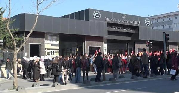 Marmara Üniversitesi'nde Öğrencilerden Protesto