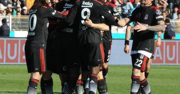 Medicana Sivasspor-Beşiktaş Fotoğrafları