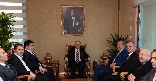 Mersin İdmanyurdu Yönetiminden Valiye Ziyaret