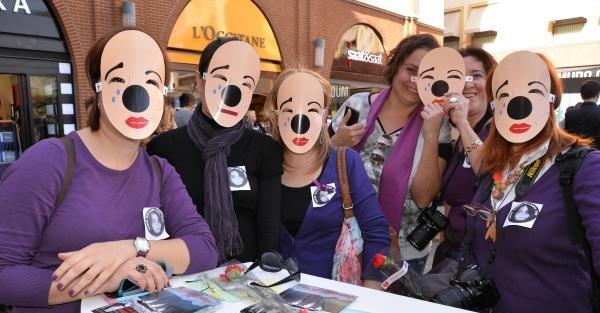 Mersin'de Kadınlar Günü'nde şiddete maskeli tepki