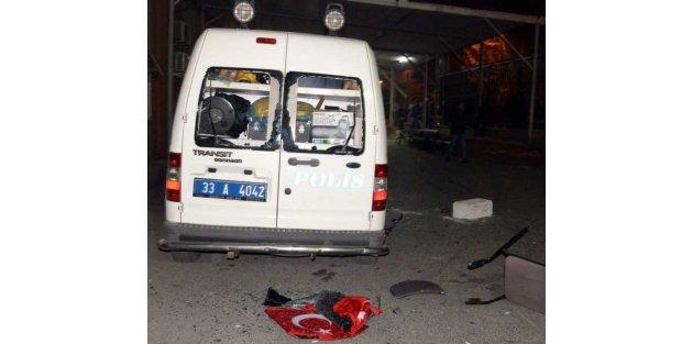 Mersin'de PKK gösterisinde başında silahla vurularak öldürüldü