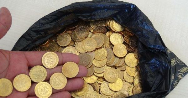 Mersin'de sahte altını piyasaya süren Suriyeli yakalandı