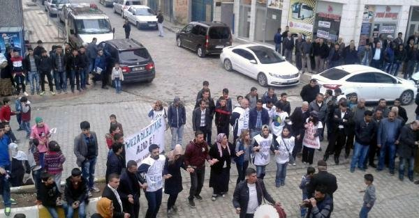 Mezopotamya Ekoloji Hareketi'nin HES protestosu