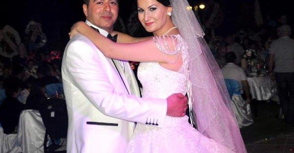 Nikah masasındaki komiser: Şu an evlenmek üzereyim merkez