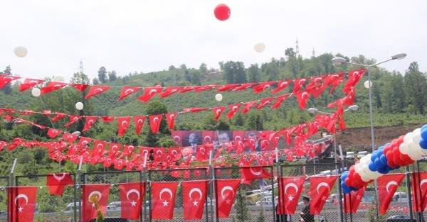 Ordu-Giresun Havalimanı açılışına katılan Başbakan Davutoğlu: Bizim meselemiz, koltuk meselesi değil