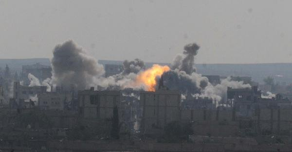 Peşmergenin Geçiş Yapmayı Beklediği Kobani'de Çatişma Şiddetlendi