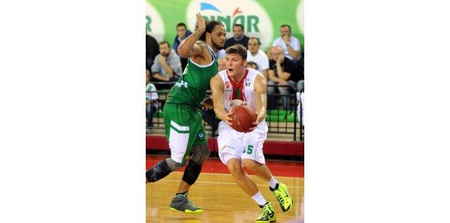 Pınar Karsıyaka - Stelmet Zıelona Basketbol Maçı Fotoğrafları