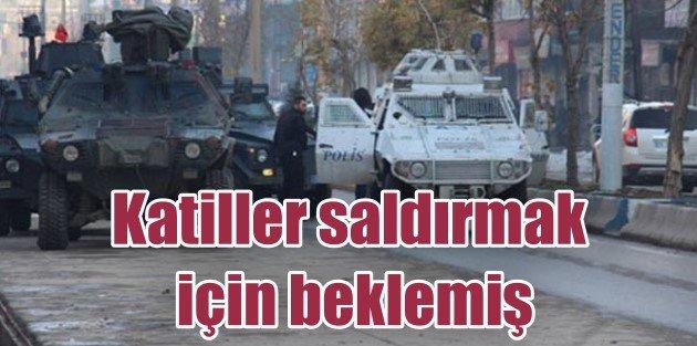 Polis, asker maskeli katillerin peşine düştü