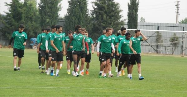Roberto Carlos futbolcuları uyardı
