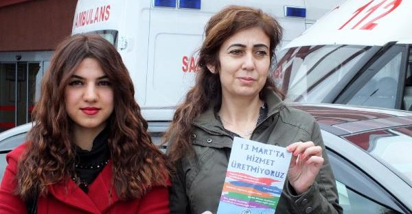 RTEÜ Hastanesi'nde, sendikanın broşür dağıtması, 'İktidarı kötülüyorsunuz' diye engellendi