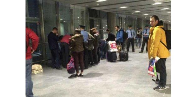 Rusya'ya giden Türk vatandaşları geri çevriliyor