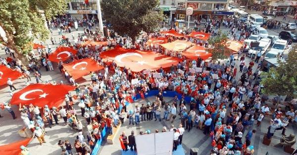 Şahinbey'de gaziler için bayraklı yürüyüş