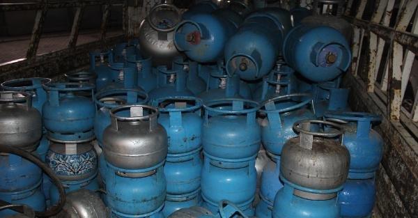 Şanlıurfa'da kaçak 2 bin tüp ele geçirildi