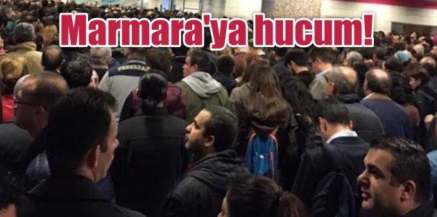 Sis çileye döndü: Yoğun sis İstanbul'da ulaşımı felç etti