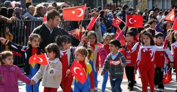 Sivas'ta Cumhuriyet Bayramı'na Buruk Kutlama