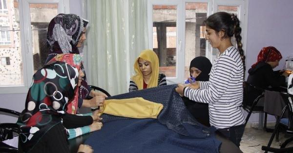 Siverek'te Kadınlardan İstihdama Yönelik Kurslara İlgi