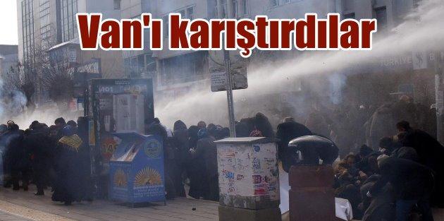 Son dakika Van: HDP'li vekiller Van'ı karıştırdı
