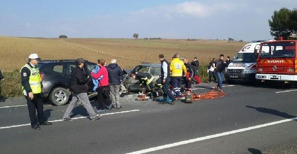 Tekirdağ'da Kaza: 1 Ölü, 2 Yaralı