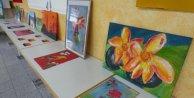 12 yaşında ki Sinem'in resimleri beğenildi