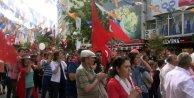 19 Mayıs yürüyüşü yapmak isteyen grupla polis arasında gerginlik