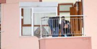 Antalya'da vatandaşın evine el yapımı bomba attılar