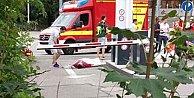 Almanya#39;da AVM#39;ye saldırı: 15 kişi öldü