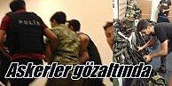 Askeri Darbe girişimi: Askeri helikopter düşürüldü, darbeci askerler gözaltında