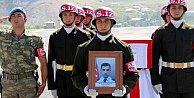 Hakkari#039;de şehit düşen polis memuru Hamza Irmak kimdir?