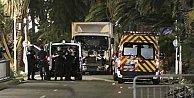 Siirt#039;te askeri kışla ve polis karakoluna saldırı