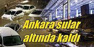 Ankara#039;da yağmur yolları vurdu, evleri bastı