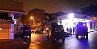 Ataşehir#039;de silahlı maganda dehşeti: 3 yaralı var