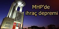 MHP#039;de 3 kişilik çağrı heyeti ihraç edildi